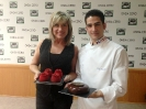 Julia Otero con Josep Guerola, campeón mundial de Pastelería