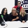Julia Otero con Julieta Venegas, Nuria Torreblanca y Miqui Otero