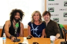 Julia Otero junto a Ara Malikian y Angel Corella