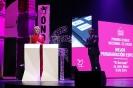 Julia Otero recogiendo el Premio Ondas 2018